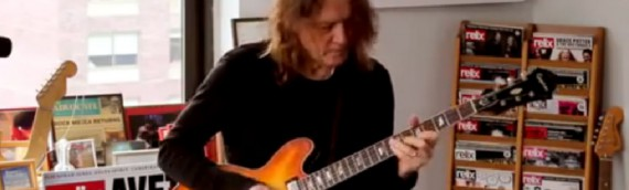 Robben Ford: 12 bar Blues Improvisation